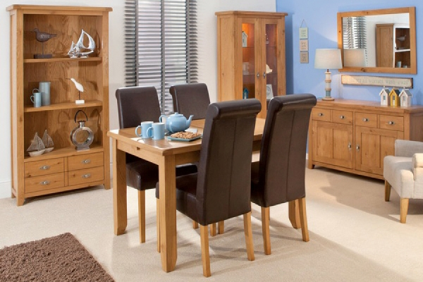 Breeze Dining Table Oak